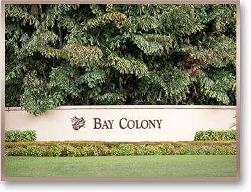 image of the entrance to Bay Colony in Naples Florida